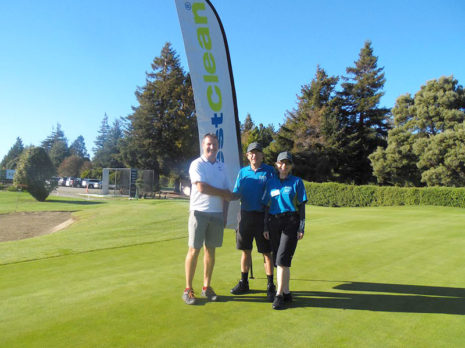 Nelson franchisees Colin and Linda Bartlett enjoyed the Lower Moutere School Golf Tournament. They are pictured with principal Chris Bascard.