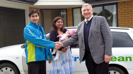 Ashneer, his wife Durgeshni and baby daughter being welcomed to the province by Invercargill MP Eric Roy