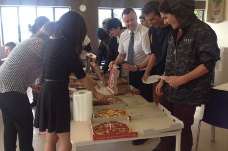 Academy New Zealand students dive into their Pizza reward