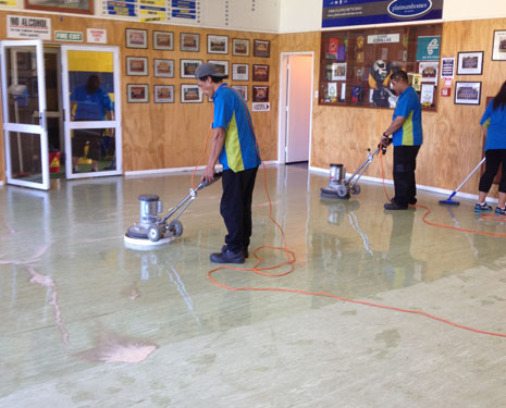 Hard Floor Care was incredibly popular in 2014, resulting in the creation of 19 new Hard Floor Care Trainers.