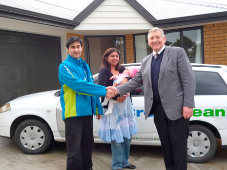 Ashneer and Durgeshni Datt were welcomed to Invercargill by local MP Eric Roy after they relocated from Auckland under Crest's Move to the Regions Programme.