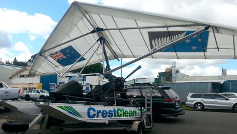 The CrestClean Amphibious Microlight.