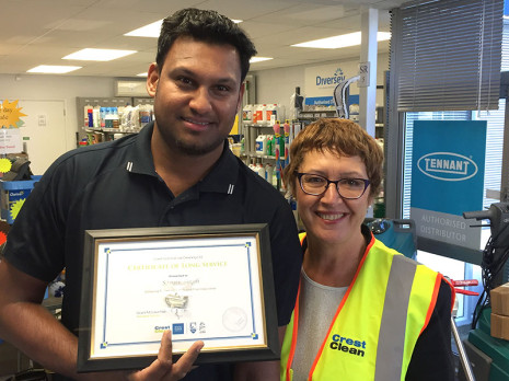 Auckland West franchisee Sanjiv Singh has been with Crest for 7 years. He is pictured with Regional Manager Caroline West.