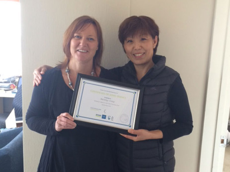 Christchurch South Regional Manager Kiri James is proud of franchisee Judy Fang for achieving 7 years with Crest.