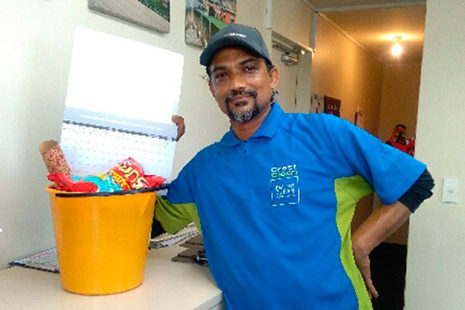 Christchurch South franchisee Kumaran Nair received a bucket of goodies from one of his customers for his great work.