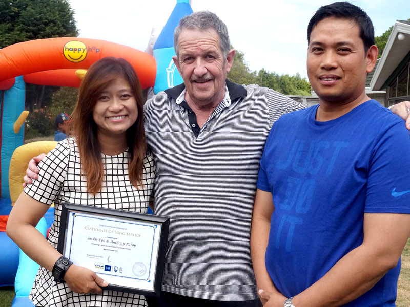 Jackie and Anthony Batoy were awarded their 5-year Certificate of Long Service Award.